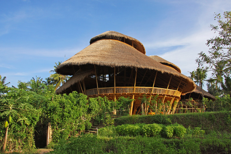 The green school bali sabi style blog - Build green roof nature home ...