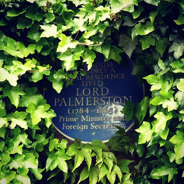 Blue Plaque - Lord Palmerston, twice Prime Minister and three time Foreign Secretary (image by Sabi Style)